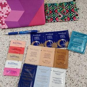 ✅BOGO FREE//NWOT SENEGENCE Makeup bundle